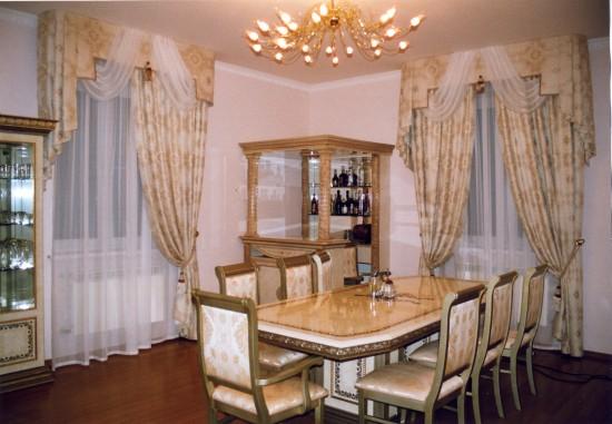 Шторы в гостиные и столовые в классическом стиле